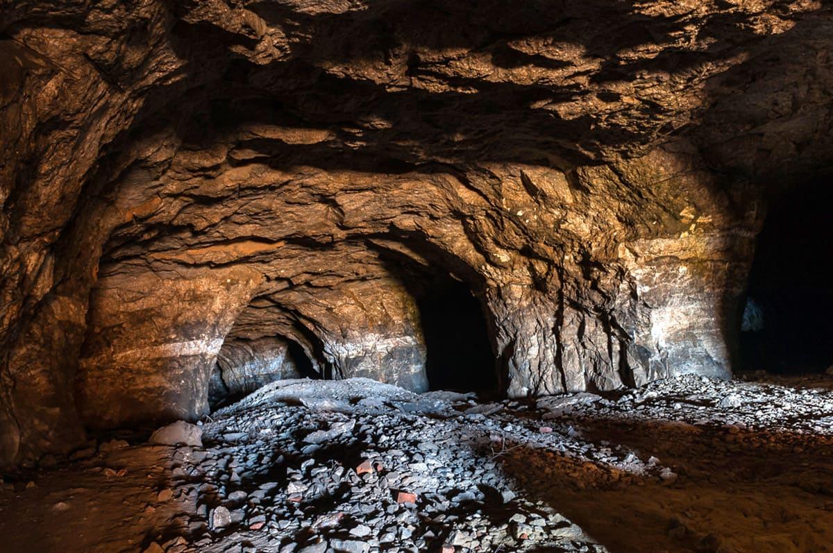 """Екскурсія """"Стежками підземного світу"""""""